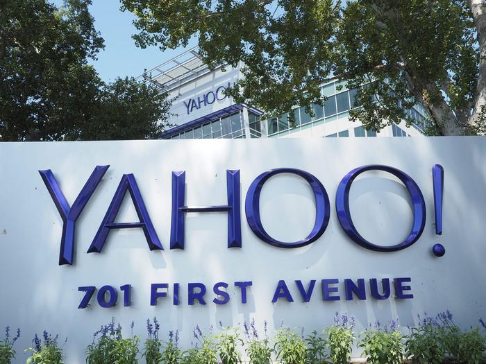 Ufficio Lavoro Milano : Yahoo! 15% posti lavoro chiude ufficio milano u2013 internet e social